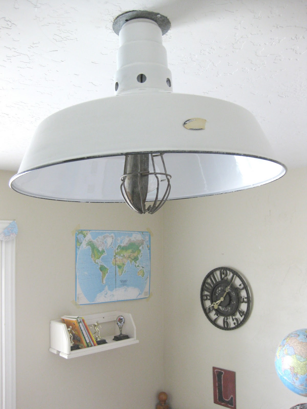 Great ideas fabulous projects of 2011 part 3 - Diy ceiling light fixtures ...