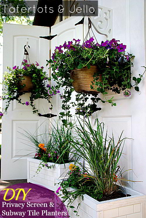 Planter Wall Tiles turn old closet doors into an outdoor privacy screen!
