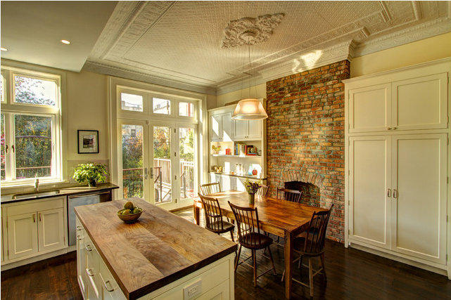 Gorgeous Homely Kitchen with Exposed Brick Fireplace