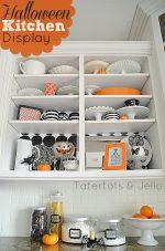 Halloween Kitchen Display – And Printables!!