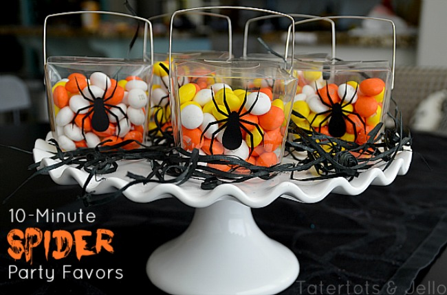 10 minute halloween spider party favor for Halloween party favor ideas