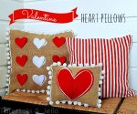 Valentine Heart Pom Pom Pillows (tutorial)