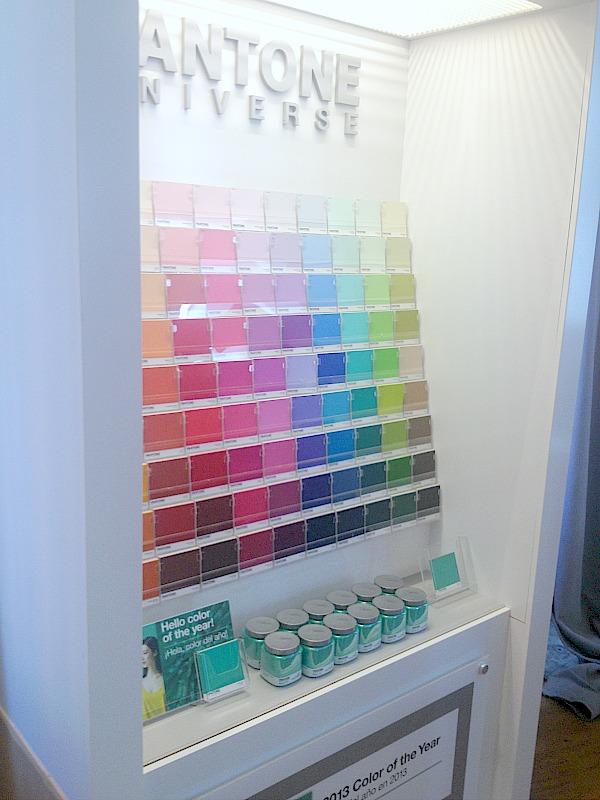 pantone-universe-colors