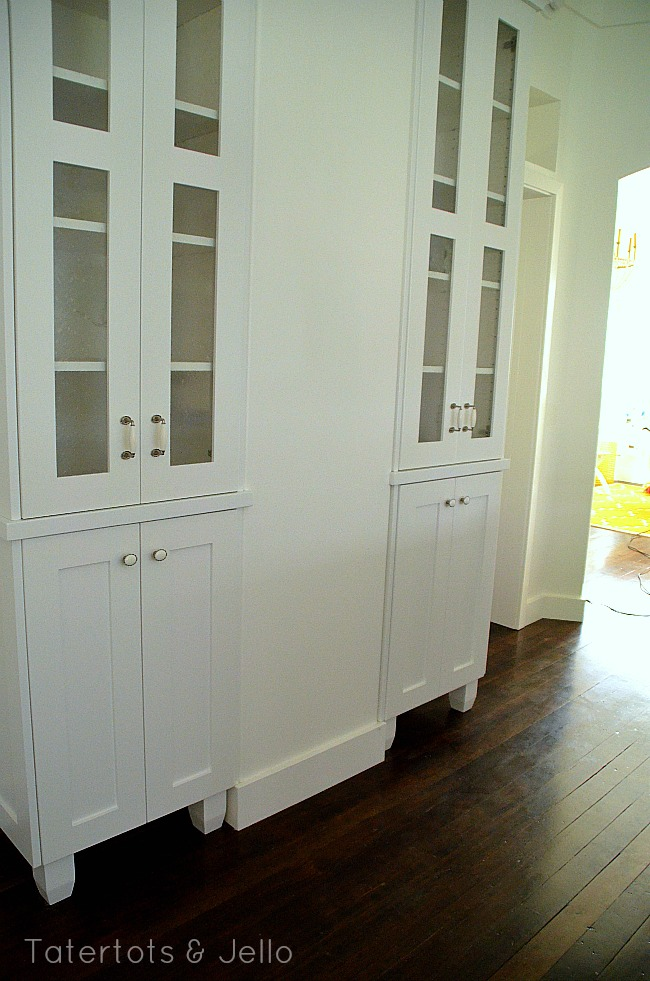 1905 cottage built in cabinets