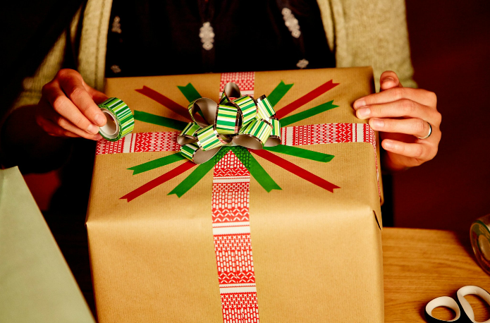 Scotch Wrapping Contest