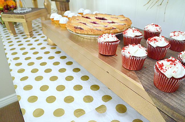 dip dyed mini dessert tables