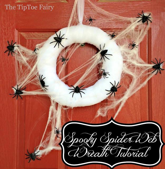 spooky spider web wreath