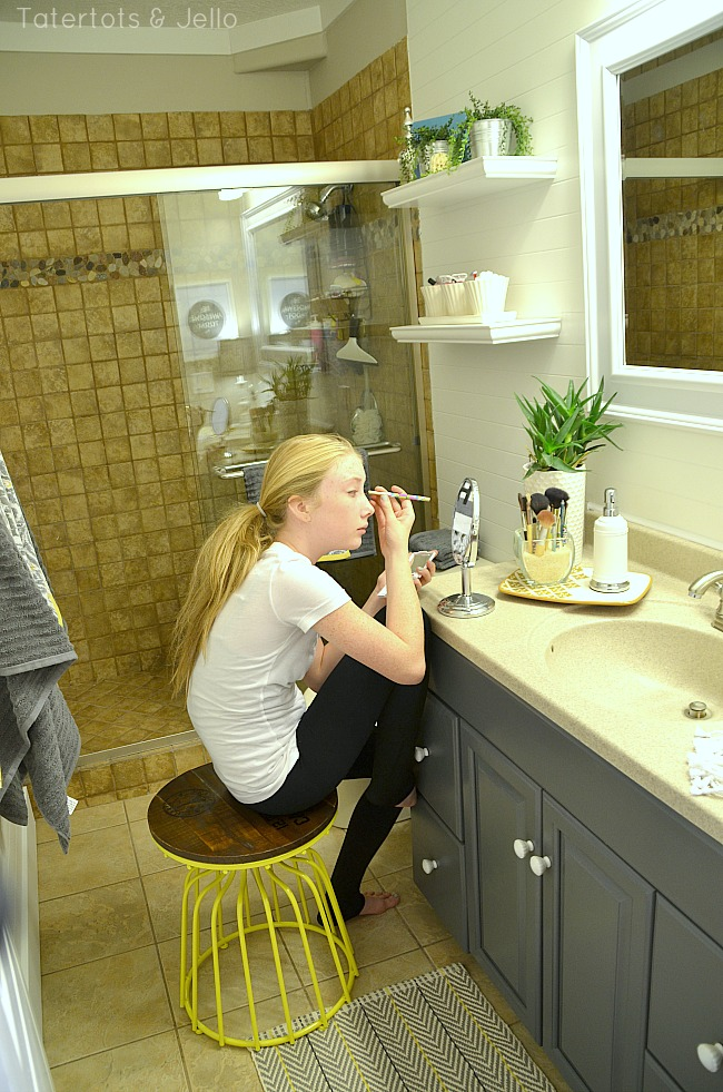 Attractive Tween/Tween Bathroom Redo   5 Ways To Create A Space YOUR Teen Will Love!    Tatertots And Jello Home Design Ideas