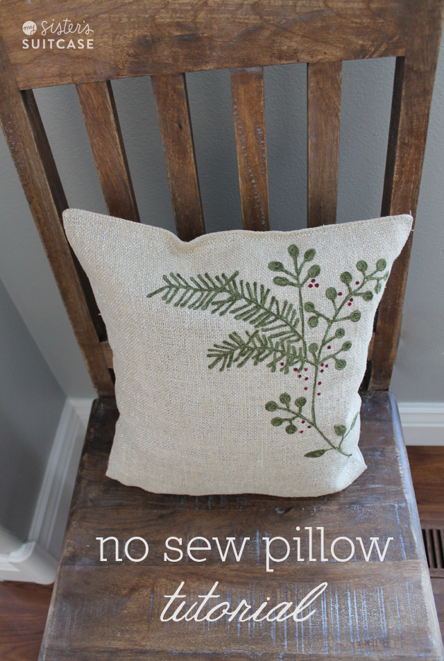 no+sew+christmas+pillow[1]