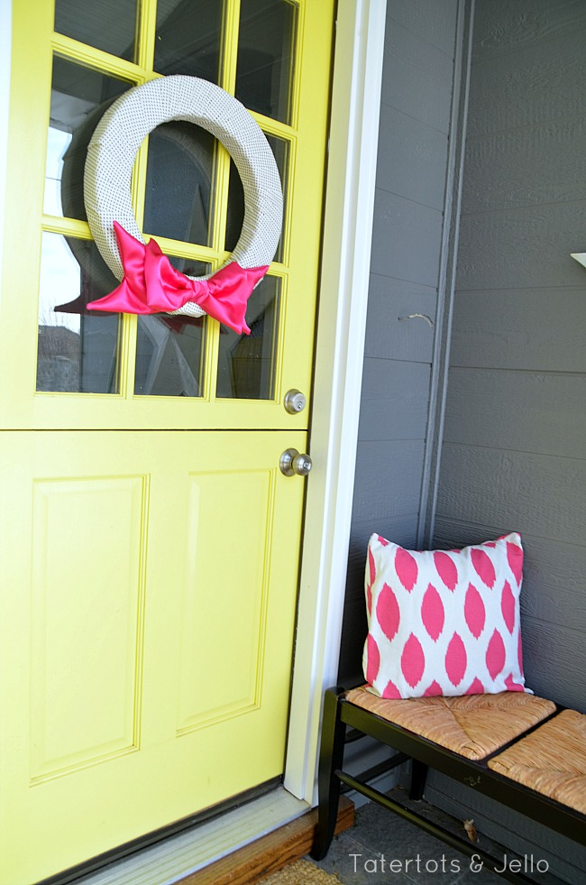 pink valentine bow wreath tutorial at tatertots and jello