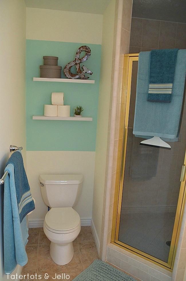 painted focal bathroom wall