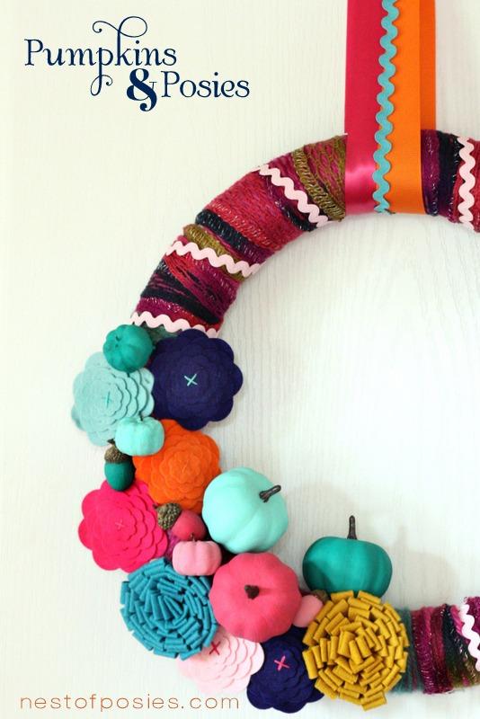Posies-and-Pumpkins-Wreath-Side