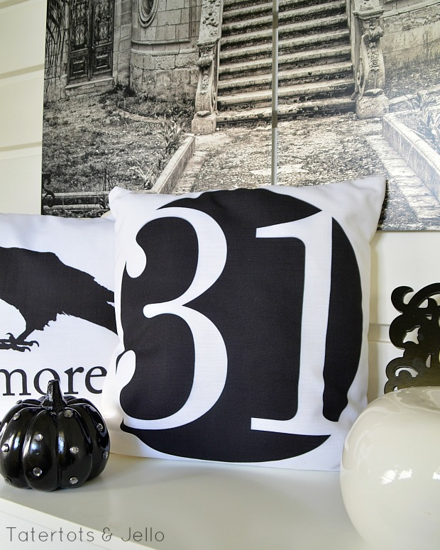 31 pillow halloween printable at tatertots and jello