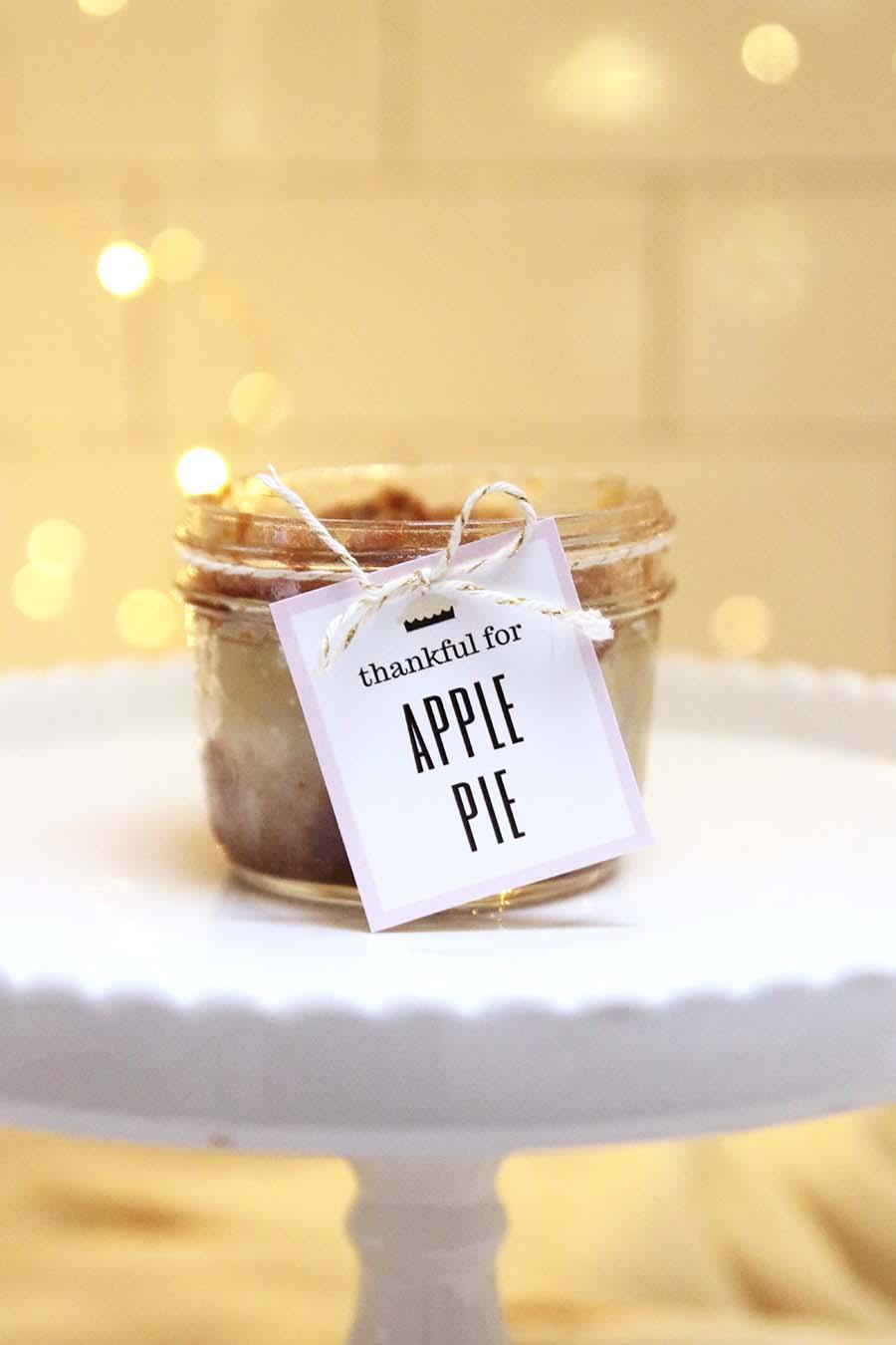 free apple pie printable for Thanksgiving