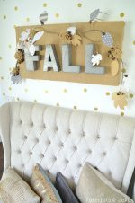 Fall Burlap and Metal Letter Wall Hanging!