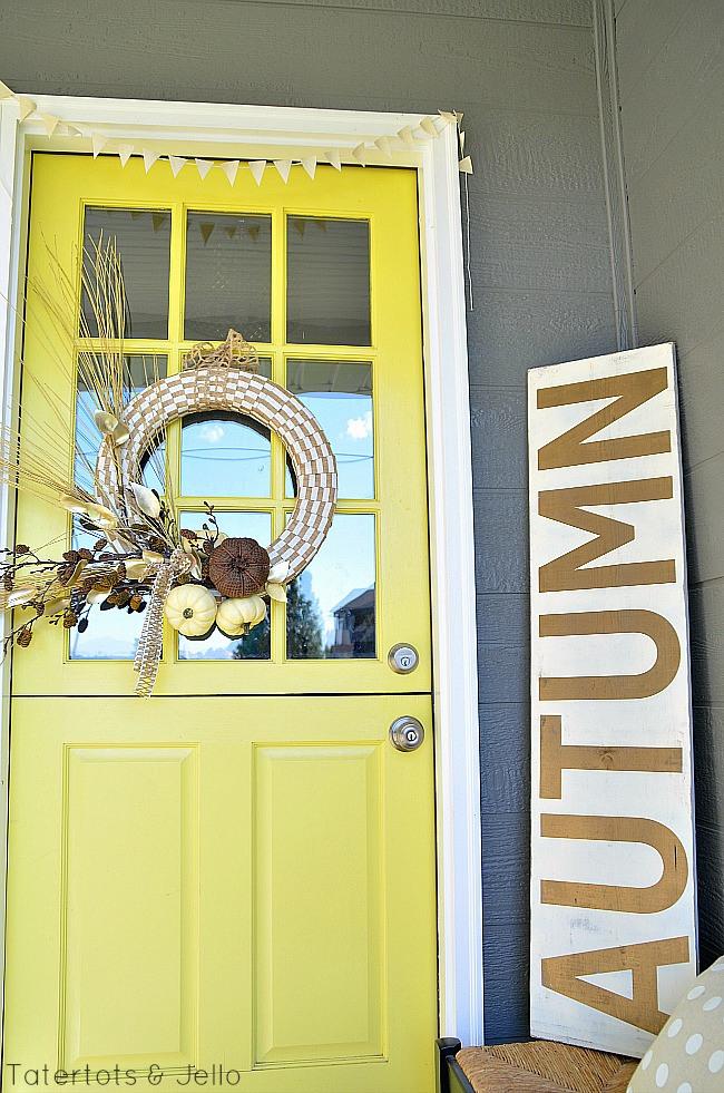 fall-pumpkin-wreath-at-tatertots-and-jello