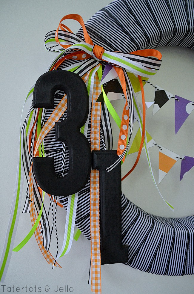 printable bunting halloween ribbon wreath at tatertots and jello