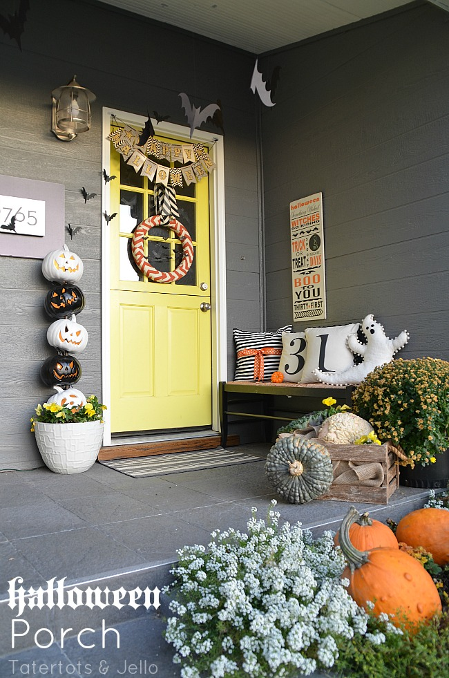Halloween porch 2014 at tatertots and jello