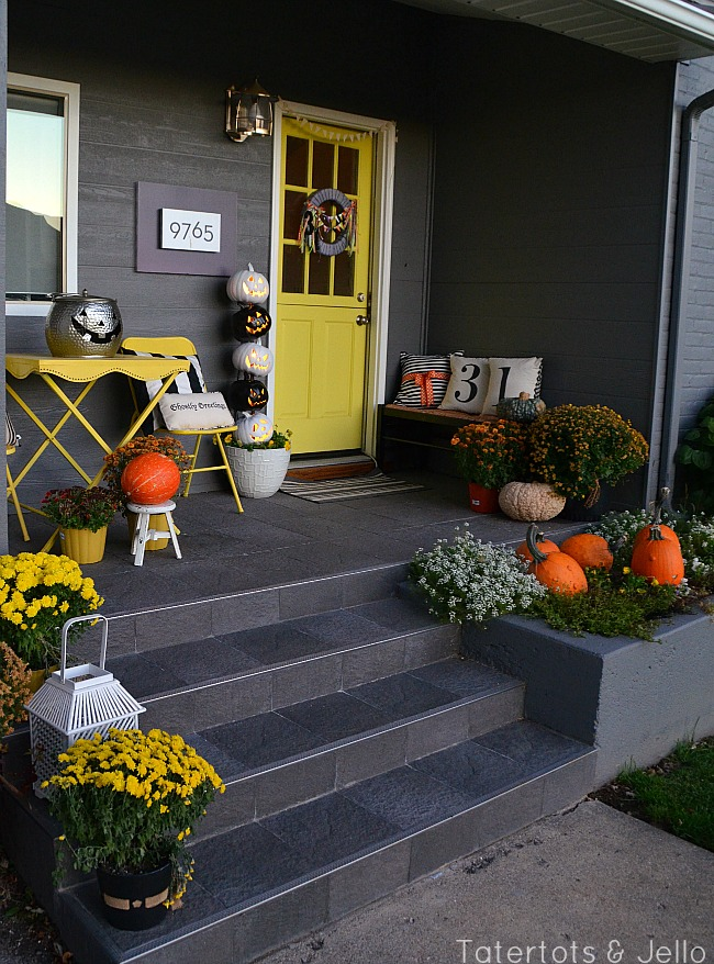 diy lighted pumpkin topiary halloween at tatertots and jello