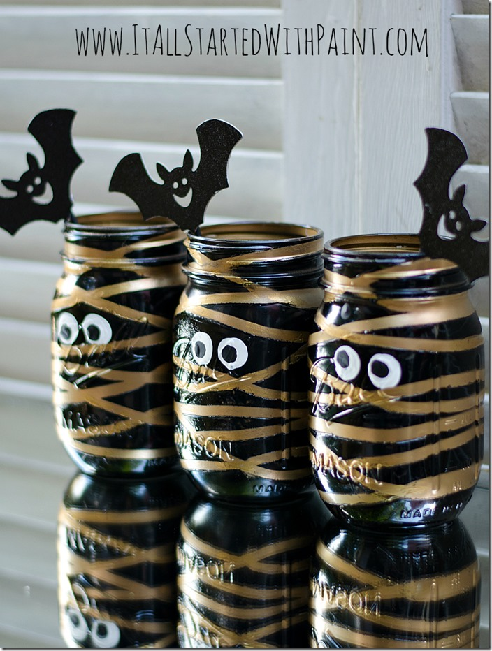 mummy-mason-jars-painted-7-watermarked_thumb