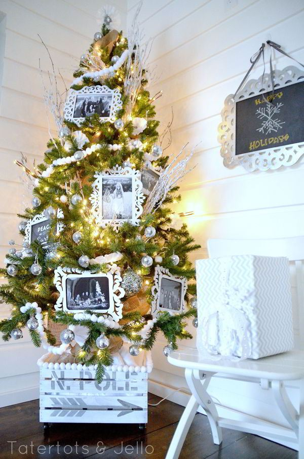 tatertots-and-jello-christmas-tree-in-crate