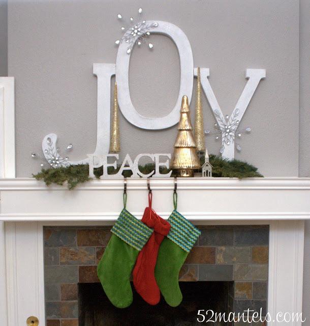 52mantels.com christmas mantel