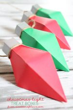 HAPPY Holidays: Christmas Light Treat Boxes