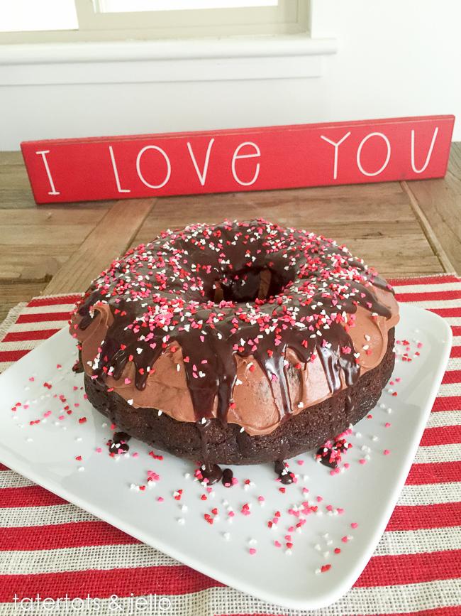 giant.donut.chocolate.cake.tatertotsandjello.com-7