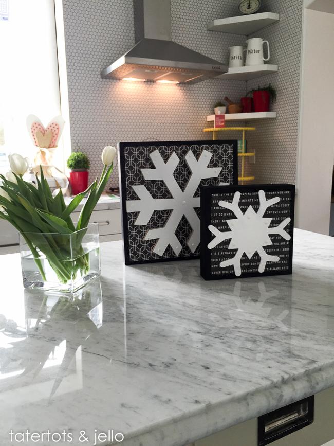 snowflake.decor.ideas.tatertotsandjello.com-1