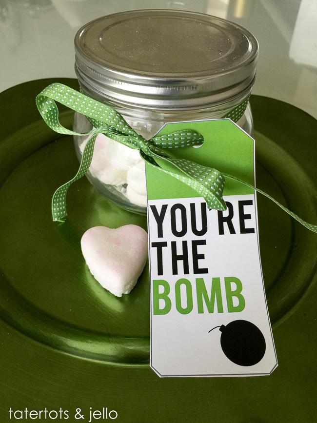 mini-bath-bomb-recipe.tatertotsandjello.com-4