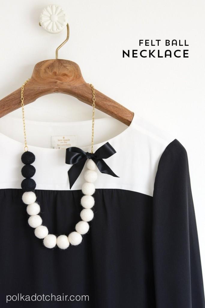 DIY-felt-ball-necklace-700x1050