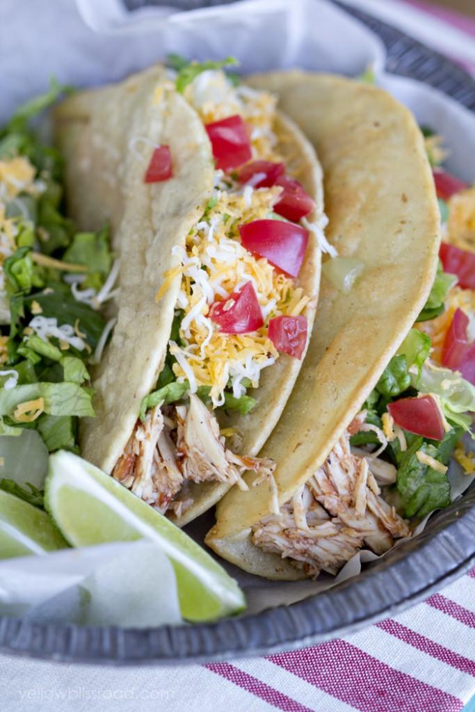 Slow-Cooker-Chicken-Tacos