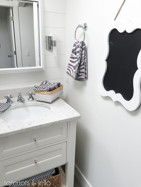 bhg.bathroom.2015.tatertotsandjello-11