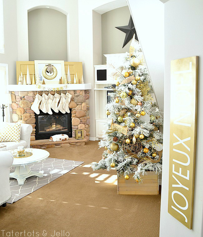 gold-and-white-christmas-decorating-11[1]