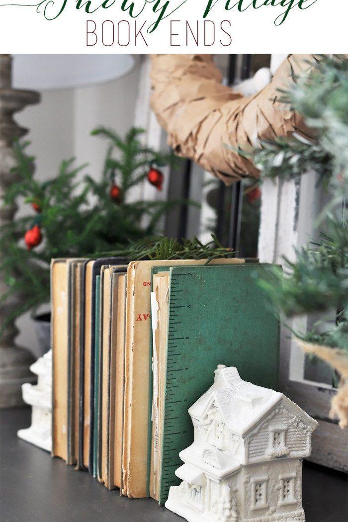 Happy Holidays: Snowy Village Book Ends