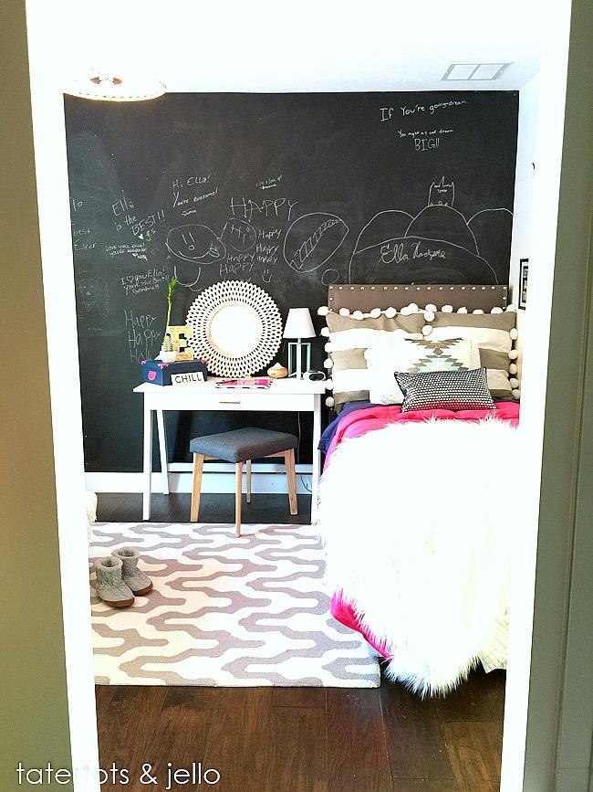 colorful tween bedroom