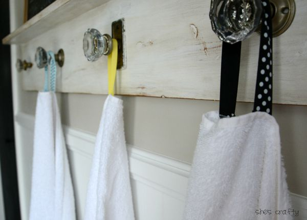 hanging towelss with ribbon