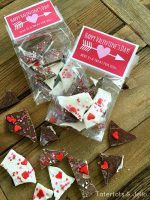 Heart and Arrow Valentine Treat Topper Printables
