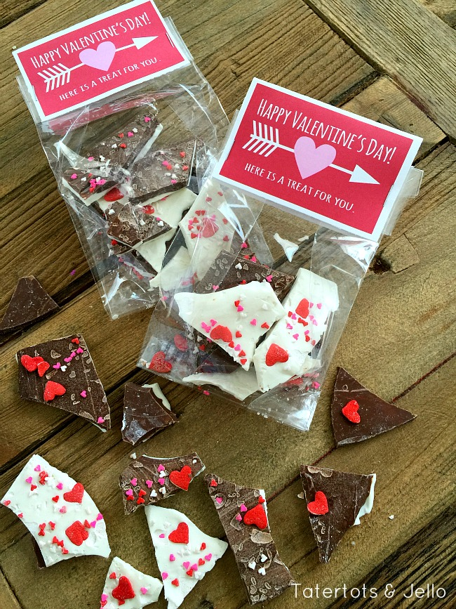 heart and arrow free printable treat toppers