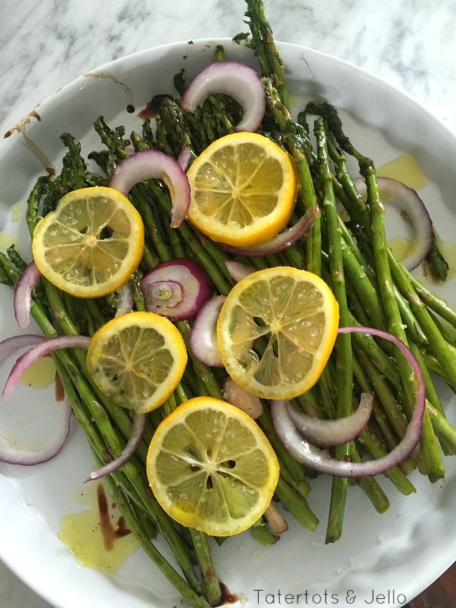 lemon baslamic asaparagus before roasting