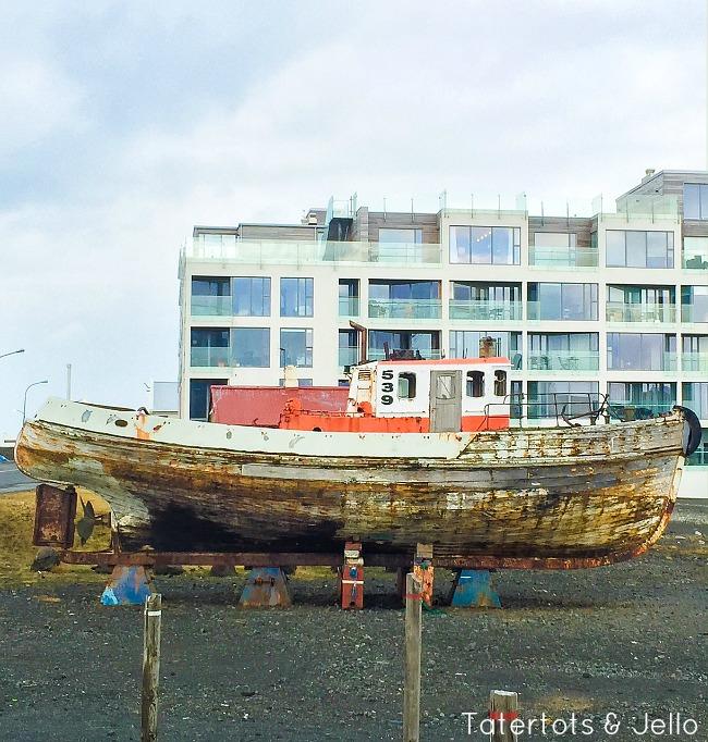 iceland boat scene