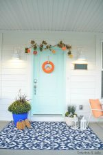 Five Ways to Create a Pretty Fall Porch!