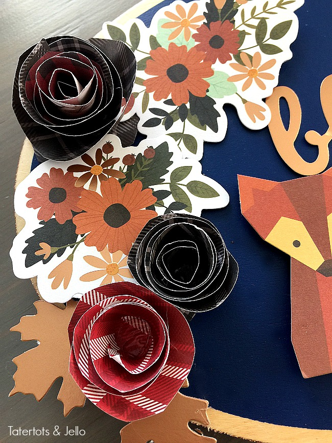 Thanksgiving Warm and Cozy door hanging ideas. Easy rolled flower door hangings are a fun twist on hanging a traditional wreath on your door!