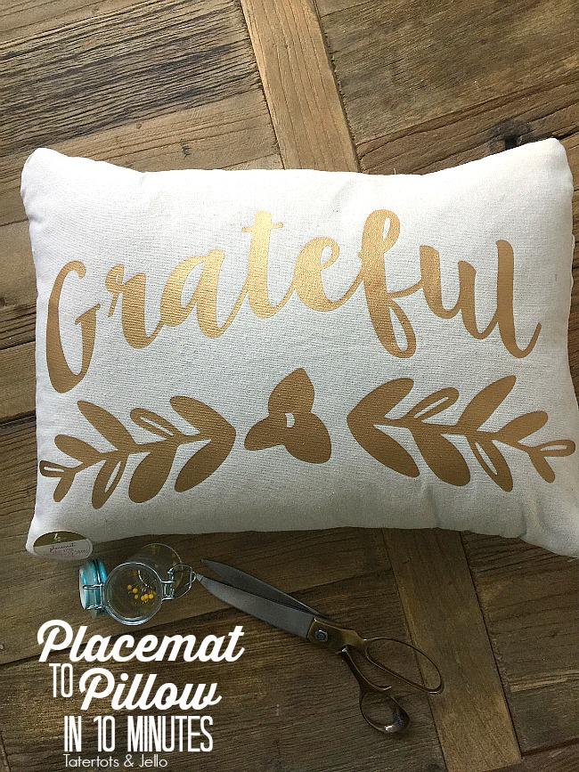 Thanksgiving Placemat to Pillow Cover in 10 Minutes