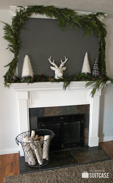 Rustic Modern Holiday Mantel. Festive mantel ideas plus 100 more christmas and holiday ideas for YOUR home!