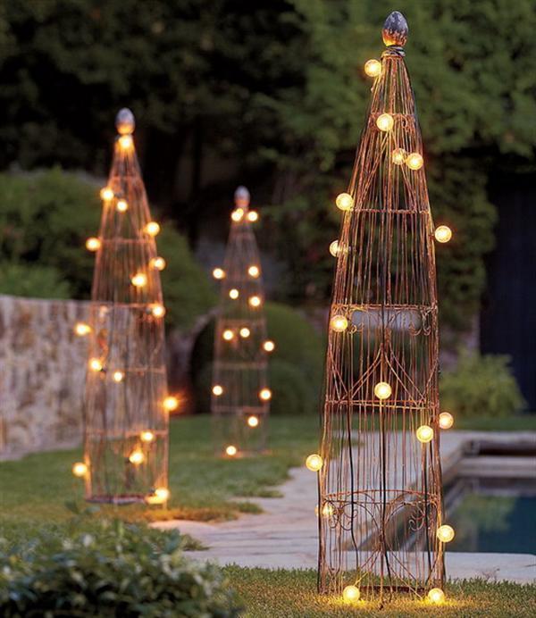 garden trellis lighting idea