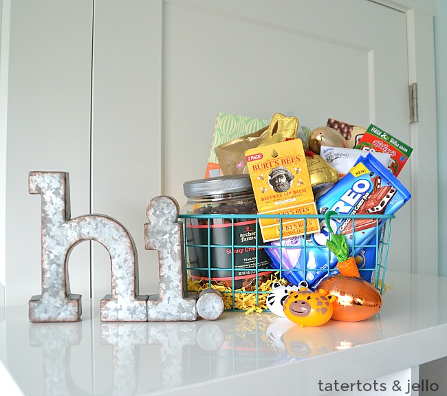 Easter Gift Ideas for Mena nd Boys. Easy thoughtful easter basket filler ideas that men and boys will love!