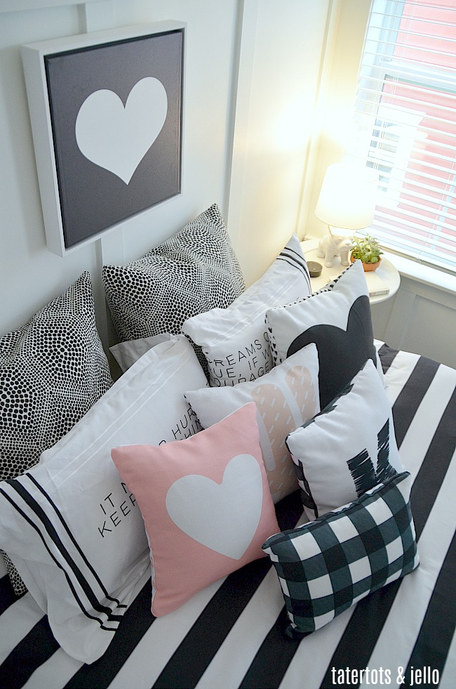 Black and White Kids Bedroom. Create a striking kids bedroom with black and white items using Shutterfly's home decor. Also free printable images make it easy to do!