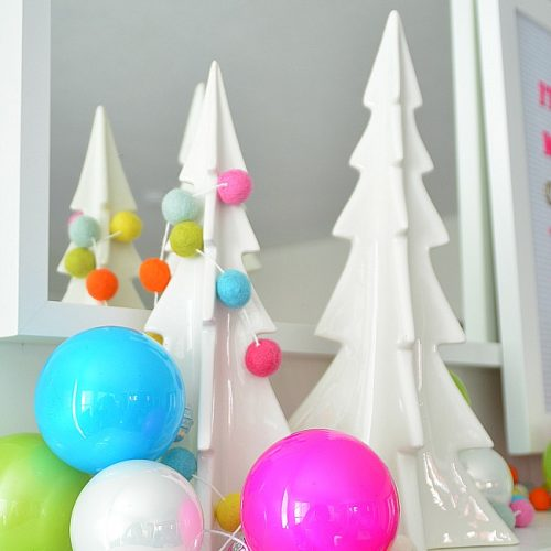 Colorful Simple Holiday Mantel. How to create a bright and colorful holiday mantel tips and tricks