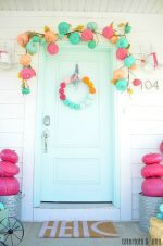 COLORFUL Fall + Halloween Porch Ideas!